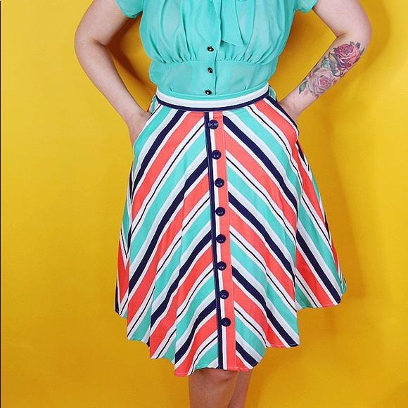 Modcloth Dresses & Skirts - Chevron Print A Line Skirt
